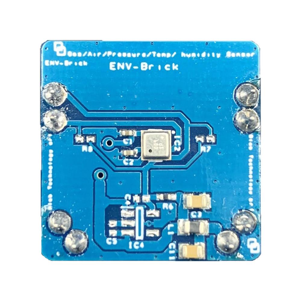 Il Blebrick ENV è un sensore di temperatura, pressione, umidità e qualità dell'aria interna stimato attraverso indice standard IAQ